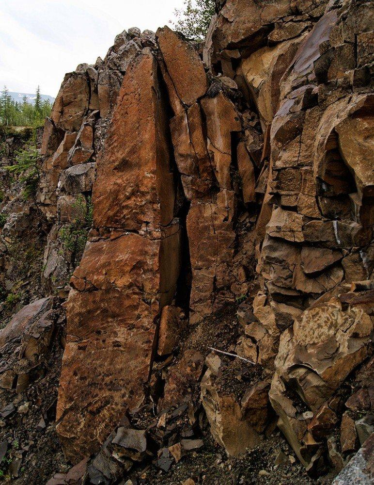 Базальтовые скалы