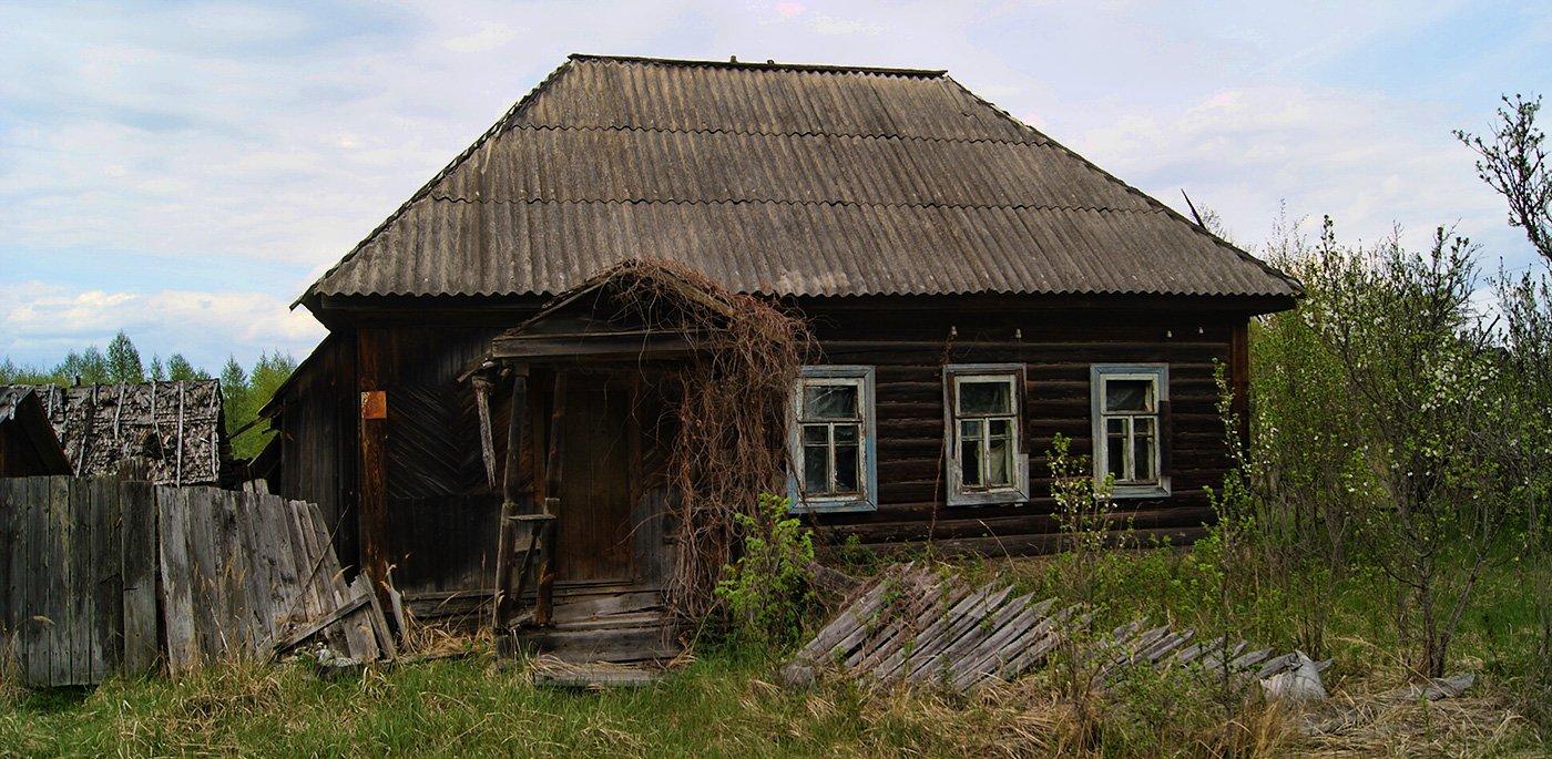 пара домов в соседнем Желтоводье