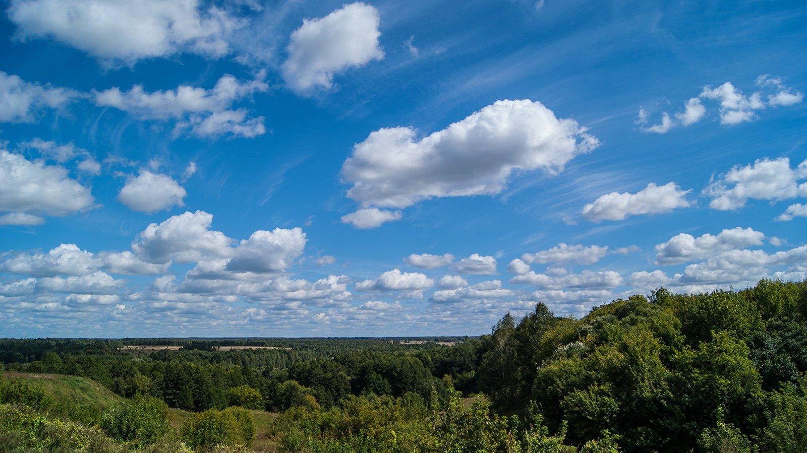 Вид с холма над долиной реки Косты