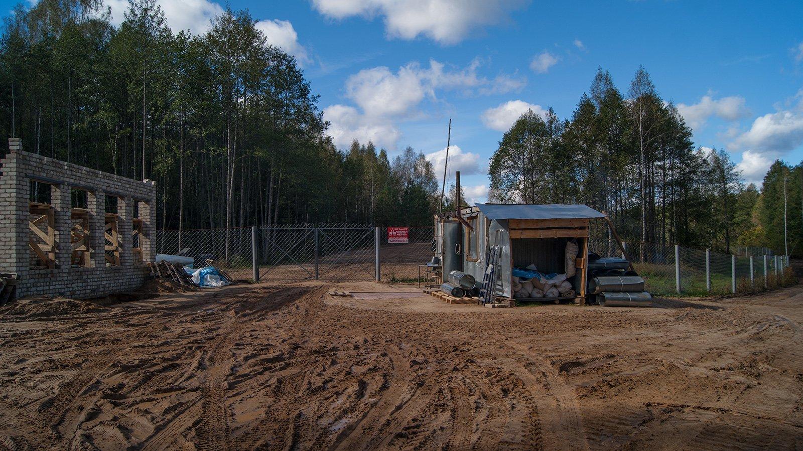 На месте бывшего урочища Мокрая — строится оленья ферма