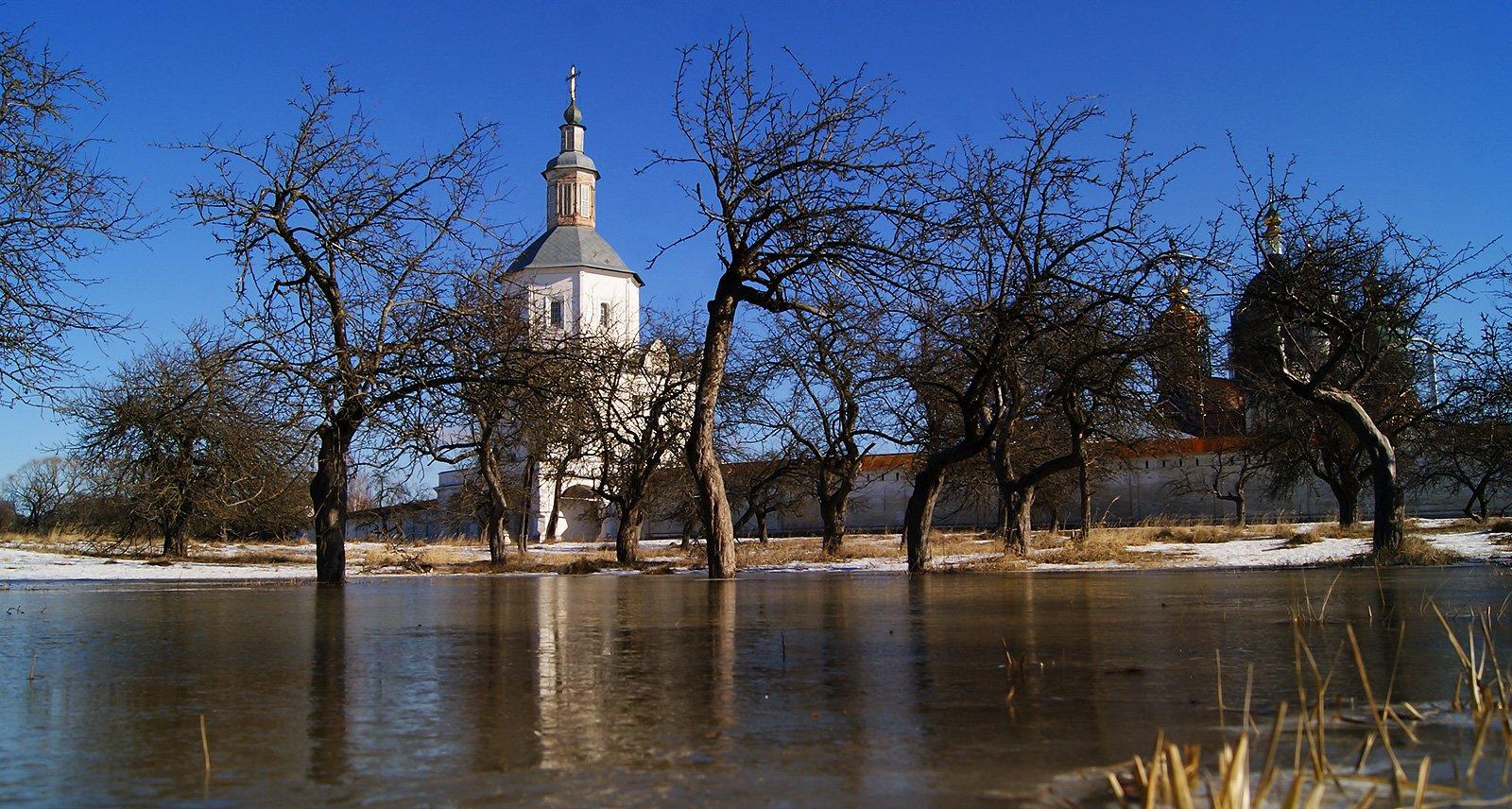 Свенский монастырь — февральская оттепель